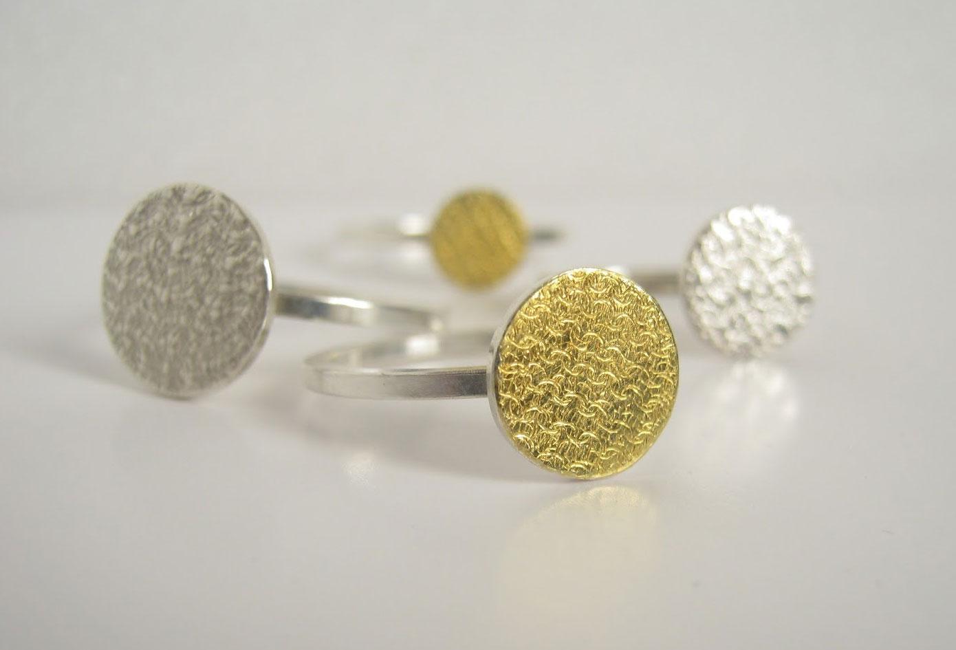©POINT-DISC Ringe in Silber 925 und BiColor Feingold ©Danièle Brown - Schmuckstücke
