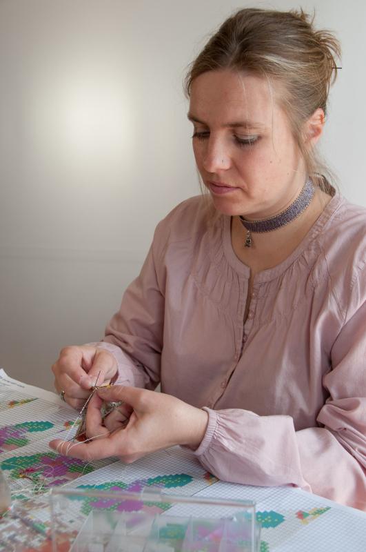 Perlbeutel stricken: carakess, die Perlenstrickerin