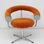 Karin Dennhardts AnSichten sind klar: Möbeldesign mit Ressourcen