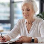 Hilft, doppelte Arbeit zu sparen: Autorencoaching UND Lektorat